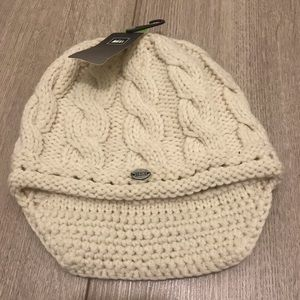 REI Accessories - NWT Merino Wool Beanie 658e6514c7ec